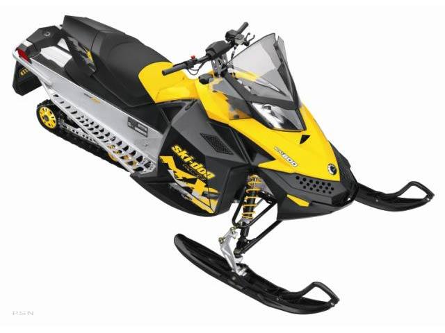 2010-Ski-Doo-MX Z SPORT-Snowmobiles